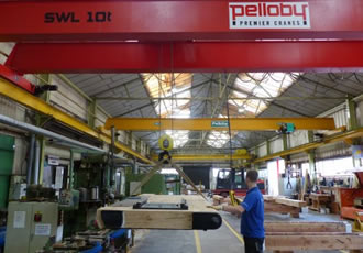 Hoist helps workshop to manoeuvre canal gates