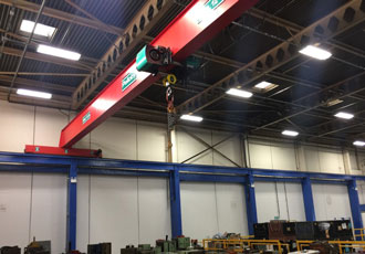 Verlinde wire rope hoist helps UK mould shop boost lifting capacity
