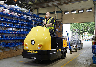 Tow tractor supports automotive industry productivity