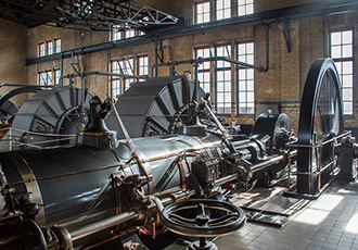 Inspirational steam engine receives Engineering Heritage Award