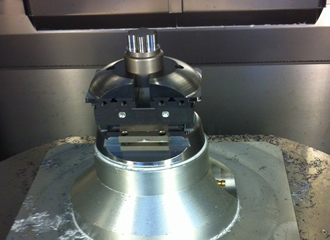 Vice enhances productivity of multi-axis machining