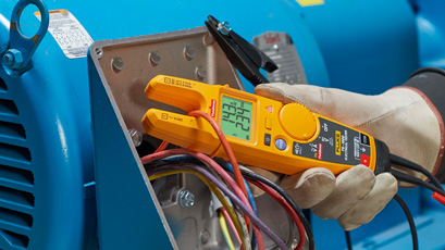 Electrical tester eliminates need for test leads