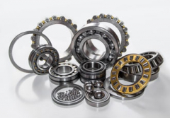 Navigating bearing retainer design options
